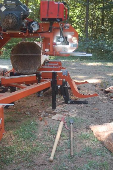 milling a fir log